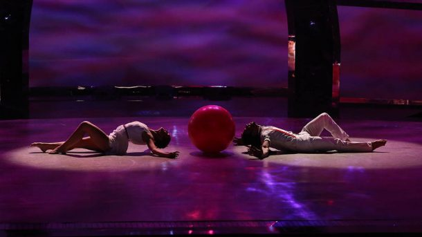 1113-018-so-you-think-you-can-dance-top-6-perform-large-photo-960x540