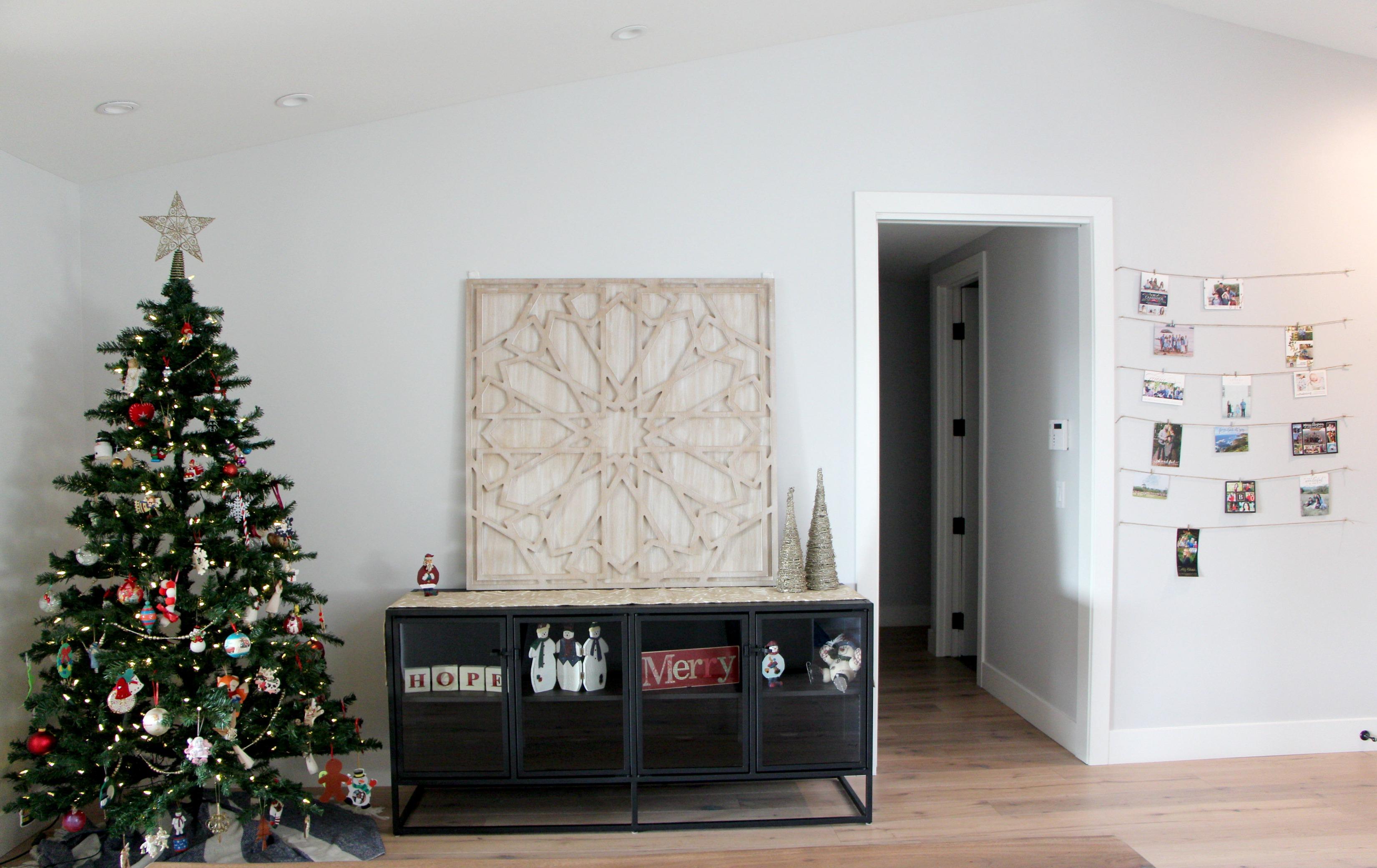 christmas-wall